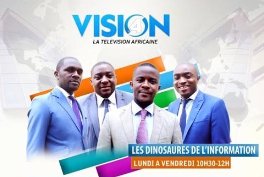 Quatre journalistes à Vision 4 présentent l'homosexualité comme étant un phénomène contre-nature imposé par les occidentaux